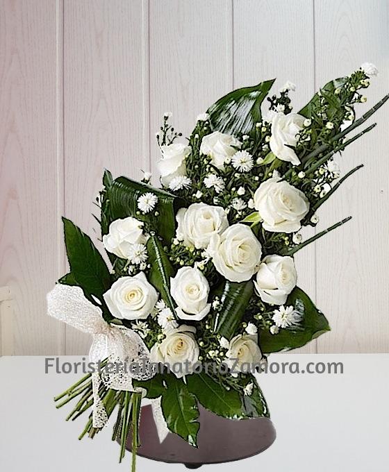 12 Rosas Blancas Zamora Floristería Tanatorio Zamora